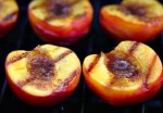 Peaches grilled with honey